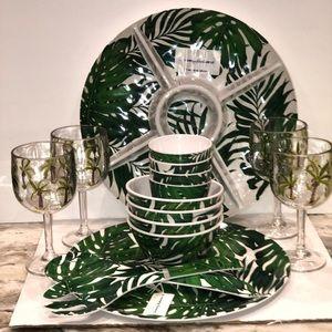 Tommy Bahama 16 Pc Palm Leaf Melamine Serving Set